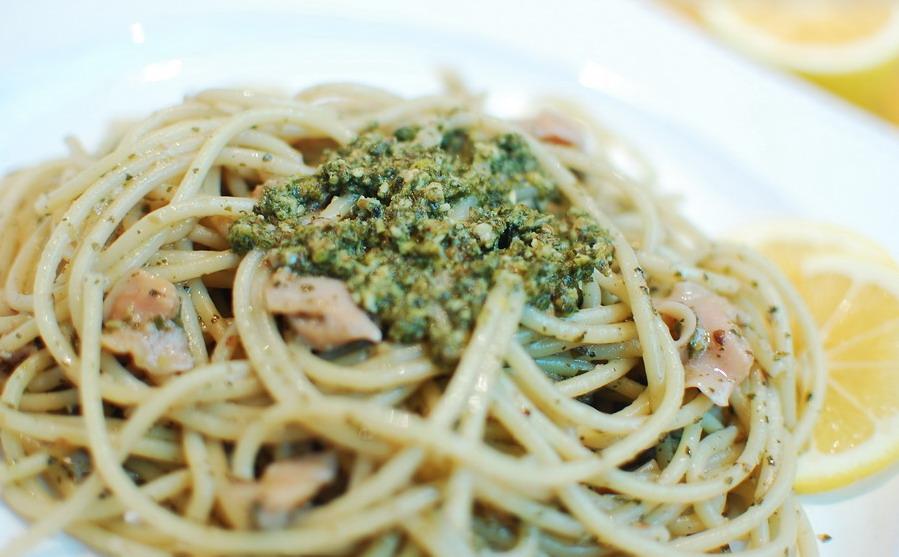 Lemon-Pesto and Clams Pasta