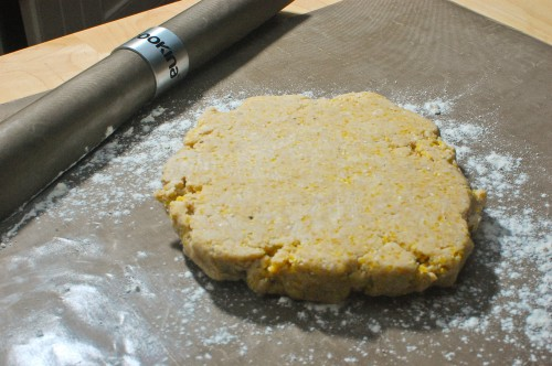 Rolling Pie Dough on Cookina