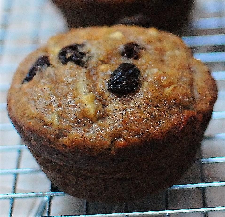 No-Added-Sugar Raisin Date Apple Muffins